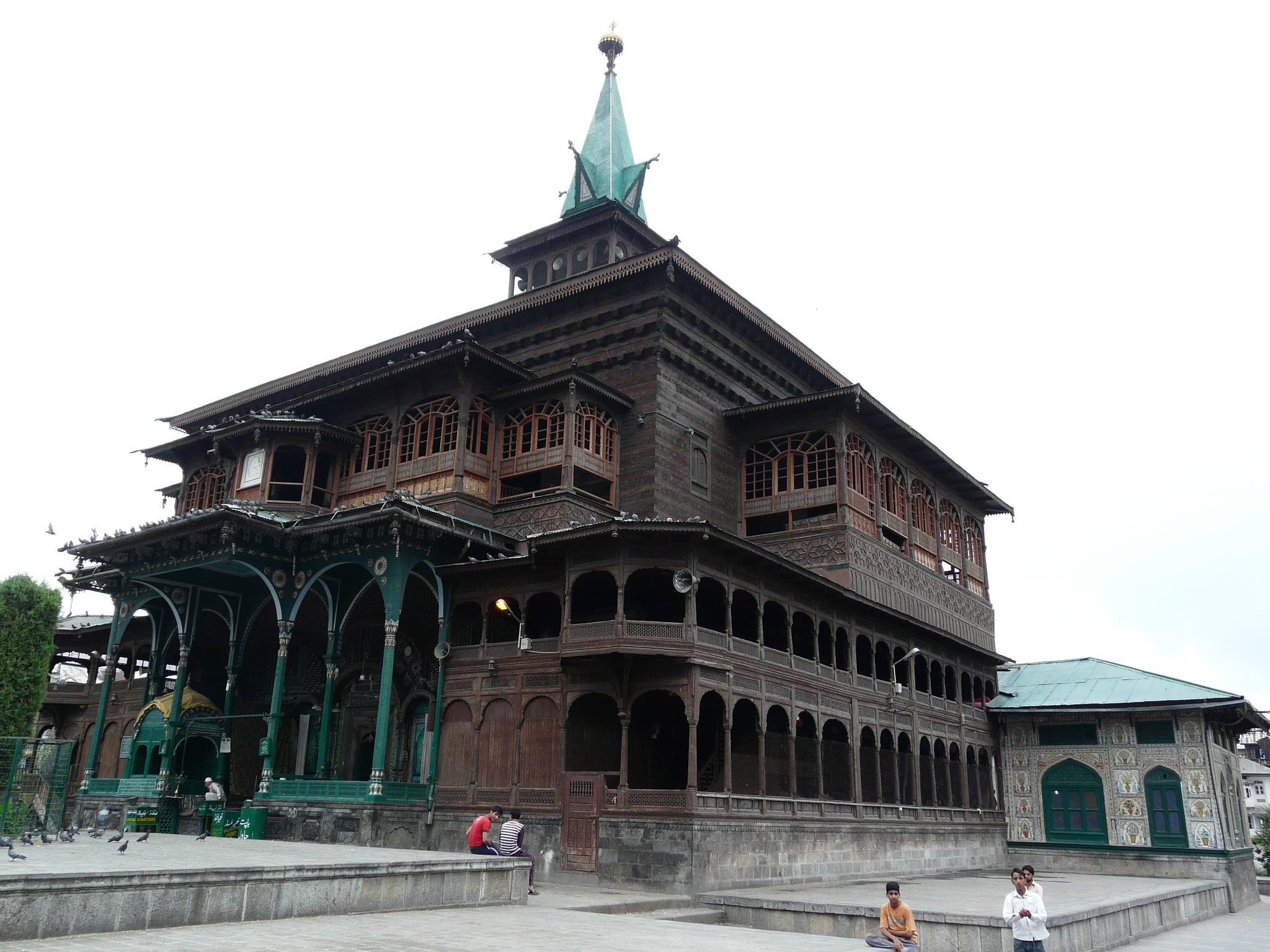 Srinagar S Mosques And Shrines Sarson Ke Khet