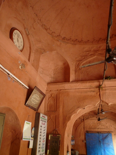 01 05 daryaganj mosques