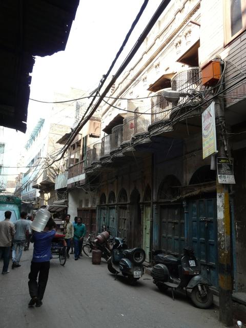 02 04 churiwalan