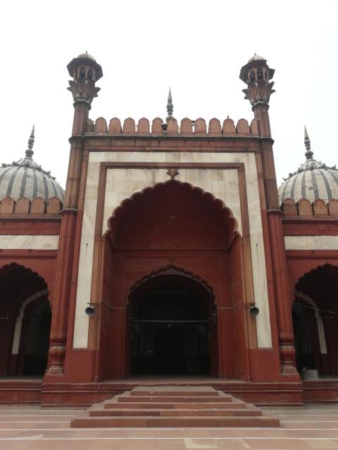 02 04 daryaganj mosques