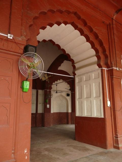 02 07 daryaganj mosques