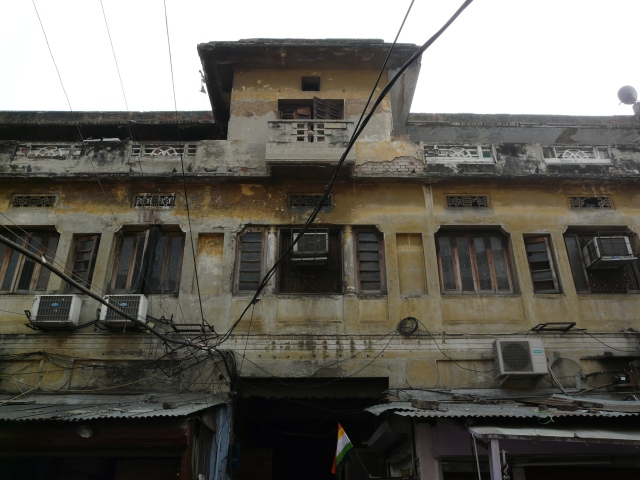 11 03 chawri bazaar