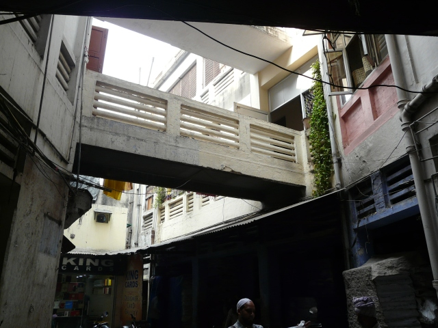 11 05 chawri bazaar