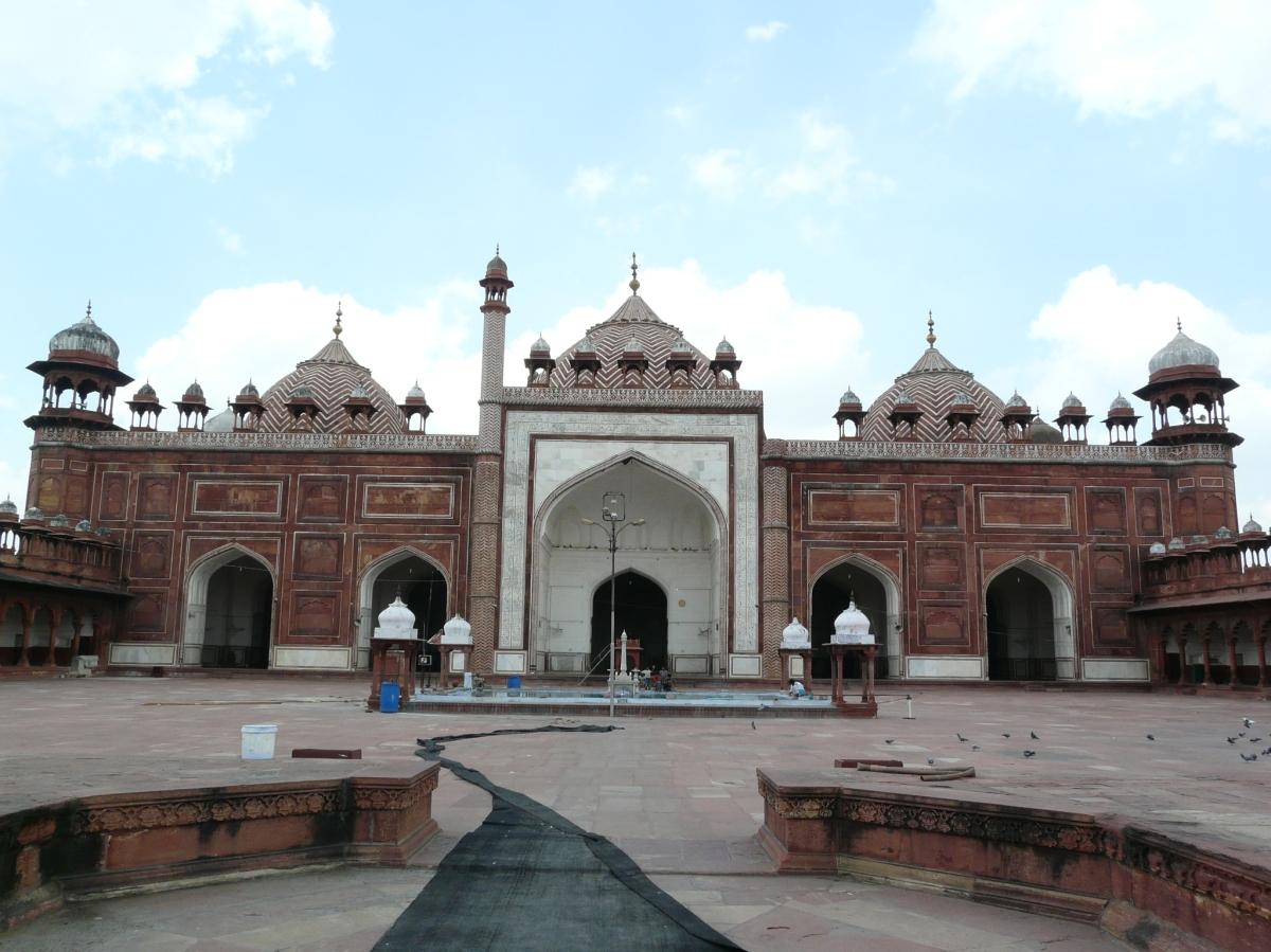 Agra Jama Masjid Sarson Ke Khet