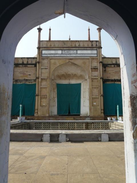 01 04 jami masjid
