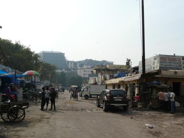 04 04 kamala market