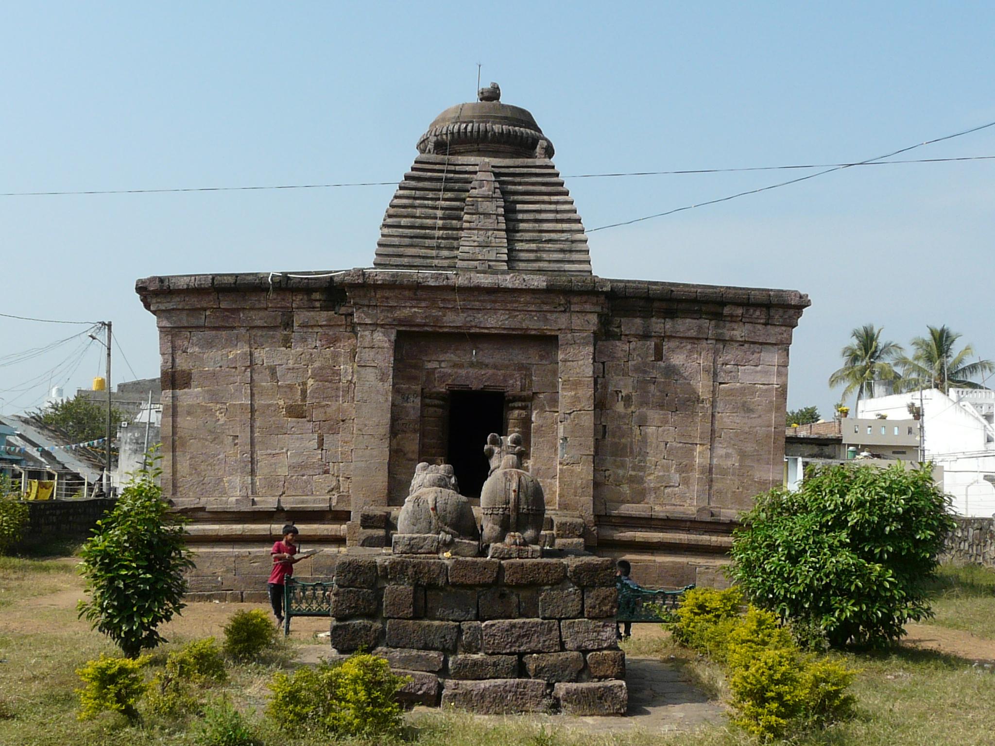 Odisha Style: Bhimeshwar & Someshwar Temples at Mukhalingam ...