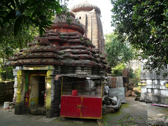old bhu temples 01 02