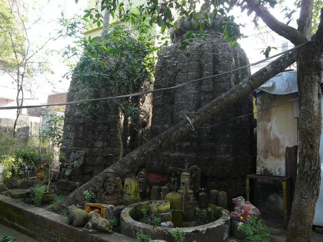 old bhu temples 01 05