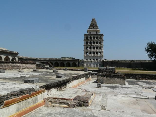 inner fort 07 01